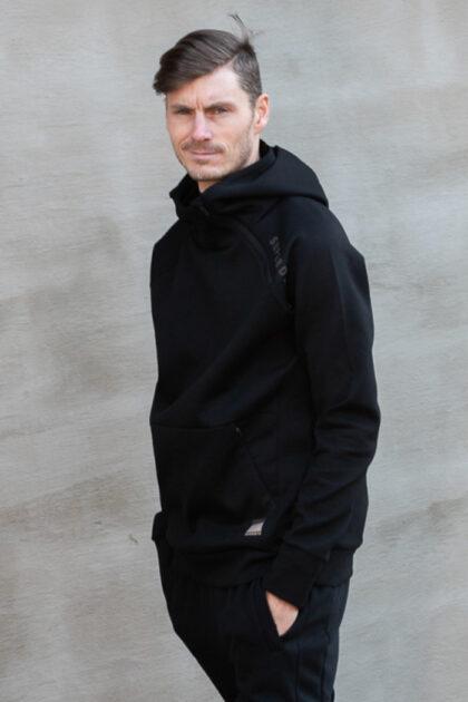 Superdry-Training-Gymtech-Hood-black sort herre genser